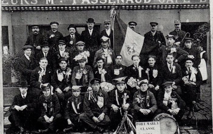 Les conscrits du Port-marly classe 1921